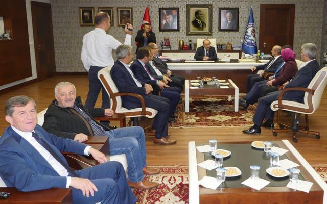 Sorgun, Başkan Gümrükçüoğlu'nu ziyaret etti