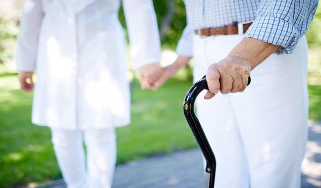 Alzheimer'lıların evden çıkması gerekiyor Haberi